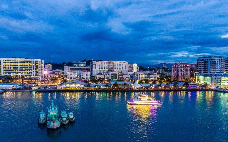 sabah-kota-kinabalu-city-north-borneo-cruises-night